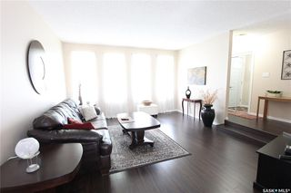 Photo 4: 1030 Dorothy Street in Regina: Normanview West Residential for sale : MLS®# SK810088