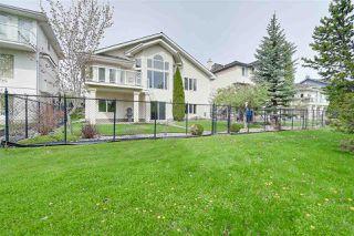 Photo 3: 717 HALIBURTON Crescent in Edmonton: Zone 14 House for sale : MLS®# E4199296
