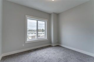 Photo 34: 3823 44 Street SW in Calgary: Glenbrook Semi Detached for sale : MLS®# C4302027