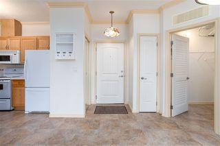 Photo 4: 111 8528 82 Avenue NW in Edmonton: Zone 18 Condo for sale : MLS®# E4203443