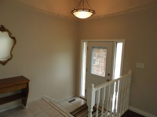 Photo 2: 15631 98 Street in Edmonton: Zone 27 House for sale : MLS®# E4205241