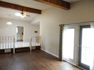 Photo 7: 15631 98 Street in Edmonton: Zone 27 House for sale : MLS®# E4205241