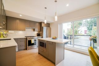 """Photo 12: 202 2277 OAK MEADOWS Drive in Surrey: Grandview Surrey Townhouse for sale in """"SOHO 2"""" (South Surrey White Rock)  : MLS®# R2495621"""