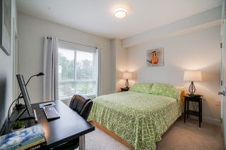 """Photo 23: 202 2277 OAK MEADOWS Drive in Surrey: Grandview Surrey Townhouse for sale in """"SOHO 2"""" (South Surrey White Rock)  : MLS®# R2495621"""