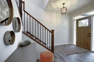 Photo 2: 436 DISCOVERY Place SW in Calgary: Discovery Ridge Detached for sale : MLS®# A1035589