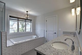 Photo 24: 436 DISCOVERY Place SW in Calgary: Discovery Ridge Detached for sale : MLS®# A1035589
