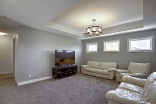 Photo 19: 436 DISCOVERY Place SW in Calgary: Discovery Ridge Detached for sale : MLS®# A1035589