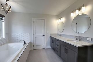 Photo 26: 436 DISCOVERY Place SW in Calgary: Discovery Ridge Detached for sale : MLS®# A1035589