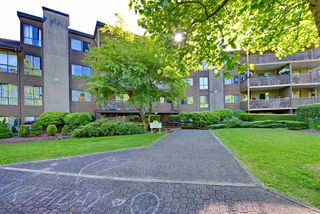 "Photo 29: 214 10662 151A Street in Surrey: Guildford Condo for sale in ""Lincoln Hill"" (North Surrey)  : MLS®# R2501771"