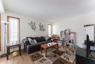Photo 3: 15 River Rock Manor in Calgary: Riverbend Detached for sale : MLS®# A1044163