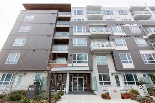 "Photo 1: 513 10581 140 Street in Surrey: Whalley Condo for sale in ""HQ-Thrive"" (North Surrey)  : MLS®# R2520744"