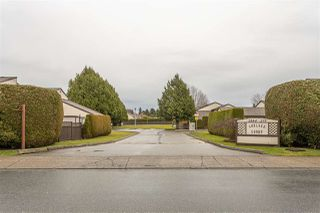 """Photo 1: 134 2844 273 Street in Langley: Aldergrove Langley Townhouse for sale in """"CHELSEA COURT"""" : MLS®# R2522030"""