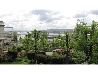 """Photo 10: 302 74 RICHMOND Street in New Westminster: Fraserview NW Condo for sale in """"GOVERNOR'S COURT"""" : MLS®# V889527"""