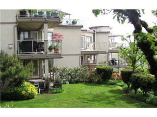 """Photo 9: 302 74 RICHMOND Street in New Westminster: Fraserview NW Condo for sale in """"GOVERNOR'S COURT"""" : MLS®# V889527"""