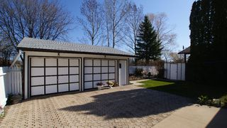 Photo 2: 417 Paufeld Drive in Winnipeg: North Kildonan Residential for sale (North East Winnipeg)  : MLS®# 1206567