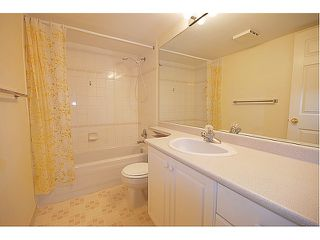 Photo 7: # 204 523 WHITING WY in Coquitlam: Coquitlam West Condo for sale : MLS®# V963449