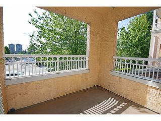 Photo 9: # 204 523 WHITING WY in Coquitlam: Coquitlam West Condo for sale : MLS®# V963449