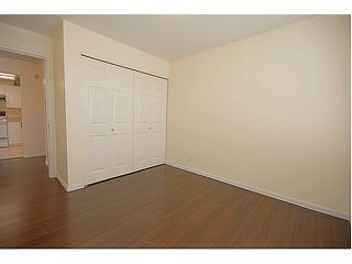 Photo 8: # 204 523 WHITING WY in Coquitlam: Coquitlam West Condo for sale : MLS®# V963449