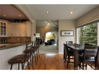 Photo 4: 880 Christina Place in Kelowna: Residential Detached for sale : MLS®# 10056050