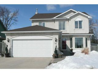 Photo 1: 92 Coopman Crescent in Winnipeg: Residential for sale