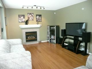 Photo 8: 92 Coopman Crescent in Winnipeg: Residential for sale