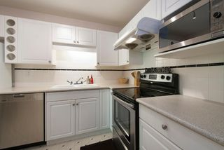Photo 2: # 305 7139 18TH AV in Burnaby: Edmonds BE Condo for sale (Burnaby East)  : MLS®# V1021175
