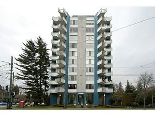 "Photo 1: 202 4691 W 10TH Avenue in Vancouver: Point Grey Condo for sale in ""WESTGATE"" (Vancouver West)  : MLS®# V1042017"