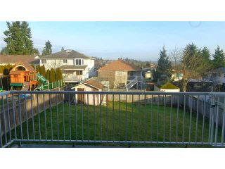 Photo 11: 6728 196B PL in Langley: Willoughby Heights House for sale : MLS®# F1401219