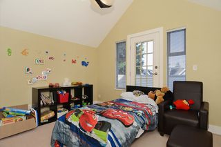 """Photo 13: 859 W 24TH Avenue in Vancouver: Cambie House for sale in """"DOUGLAS PARK"""" (Vancouver West)  : MLS®# V1043615"""