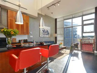 """Photo 4: 605 2635 PRINCE EDWARD Street in Vancouver: Mount Pleasant VE Condo for sale in """"SOMA LOFTS"""" (Vancouver East)  : MLS®# V1046232"""