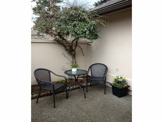 """Photo 13: 112 1770 128TH Street in Surrey: Crescent Bch Ocean Pk. Townhouse for sale in """"Palisades"""" (South Surrey White Rock)  : MLS®# F1407469"""