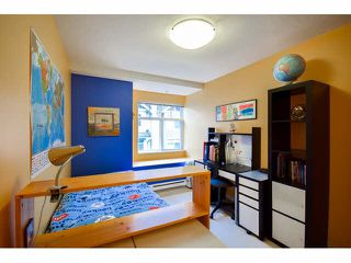 """Photo 13: 41 7488 SOUTHWYNDE Avenue in Burnaby: South Slope Townhouse for sale in """"LEDGESTONE 1"""" (Burnaby South)  : MLS®# V1110457"""