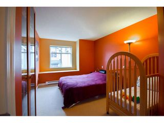 """Photo 11: 41 7488 SOUTHWYNDE Avenue in Burnaby: South Slope Townhouse for sale in """"LEDGESTONE 1"""" (Burnaby South)  : MLS®# V1110457"""
