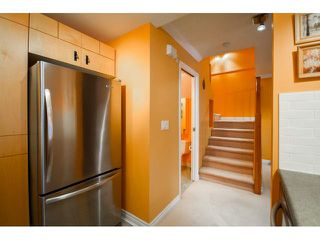 """Photo 3: 41 7488 SOUTHWYNDE Avenue in Burnaby: South Slope Townhouse for sale in """"LEDGESTONE 1"""" (Burnaby South)  : MLS®# V1110457"""