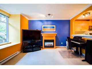 """Photo 7: 41 7488 SOUTHWYNDE Avenue in Burnaby: South Slope Townhouse for sale in """"LEDGESTONE 1"""" (Burnaby South)  : MLS®# V1110457"""