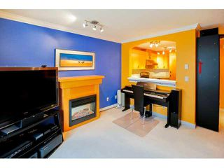 """Photo 8: 41 7488 SOUTHWYNDE Avenue in Burnaby: South Slope Townhouse for sale in """"LEDGESTONE 1"""" (Burnaby South)  : MLS®# V1110457"""