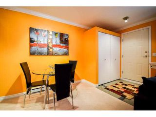 """Photo 10: 41 7488 SOUTHWYNDE Avenue in Burnaby: South Slope Townhouse for sale in """"LEDGESTONE 1"""" (Burnaby South)  : MLS®# V1110457"""