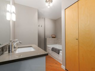 "Photo 14: 410 1178 HAMILTON Street in Vancouver: Yaletown Condo for sale in ""THE HAMILTON"" (Vancouver West)  : MLS®# R2040939"