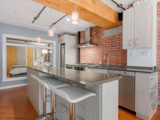 "Photo 9: 410 1178 HAMILTON Street in Vancouver: Yaletown Condo for sale in ""THE HAMILTON"" (Vancouver West)  : MLS®# R2040939"
