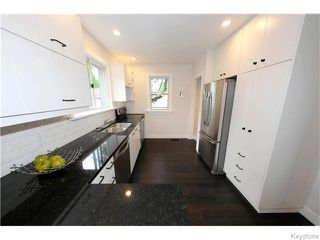 Photo 8: 551 Beaverbrook Street in Winnipeg: River Heights / Tuxedo / Linden Woods Residential for sale (South Winnipeg)  : MLS®# 1616320