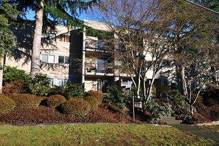 """Main Photo: 101 1121 HOWIE Avenue in Coquitlam: Central Coquitlam Condo for sale in """"THE WILLOWS"""" : MLS®# R2132546"""