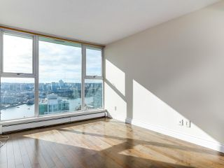 "Photo 10: 3505 1009 EXPO Boulevard in Vancouver: Yaletown Condo for sale in ""Landmark 33"" (Vancouver West)  : MLS®# R2141012"