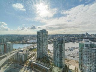 "Photo 15: 3505 1009 EXPO Boulevard in Vancouver: Yaletown Condo for sale in ""Landmark 33"" (Vancouver West)  : MLS®# R2141012"
