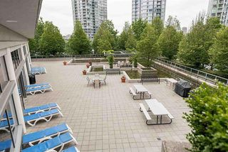 "Photo 17: 3505 1009 EXPO Boulevard in Vancouver: Yaletown Condo for sale in ""Landmark 33"" (Vancouver West)  : MLS®# R2141012"