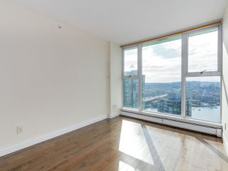 "Photo 11: 3505 1009 EXPO Boulevard in Vancouver: Yaletown Condo for sale in ""Landmark 33"" (Vancouver West)  : MLS®# R2141012"