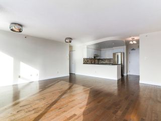 "Photo 5: 3505 1009 EXPO Boulevard in Vancouver: Yaletown Condo for sale in ""Landmark 33"" (Vancouver West)  : MLS®# R2141012"