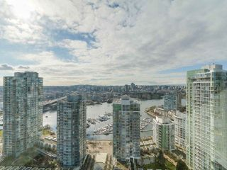 "Photo 14: 3505 1009 EXPO Boulevard in Vancouver: Yaletown Condo for sale in ""Landmark 33"" (Vancouver West)  : MLS®# R2141012"