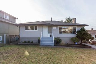 Photo 1: 6858 BROADWAY in Burnaby: Montecito House for sale (Burnaby North)  : MLS®# R2142006