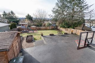 Photo 10: 6858 BROADWAY in Burnaby: Montecito House for sale (Burnaby North)  : MLS®# R2142006
