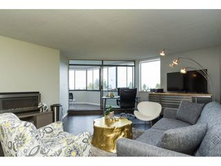 "Photo 6: 203 1480 FOSTER Street: White Rock Condo for sale in ""White Rock Square 1"" (South Surrey White Rock)  : MLS®# R2151614"